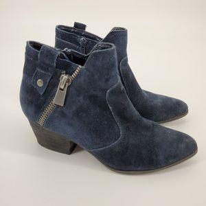 Crown Vintage Cvlarin Blue Ankle Bootie Sz 7